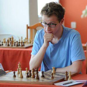 """autor książki """"aż do śmierci"""", szachista Marcin Chmiel"""