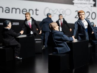 turniej pretendentów, Jekaterynburg 2020, runda 1, zawodnicy jako lalki Ken